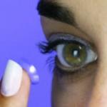 Kontaktlinse richtig einsetzen