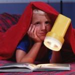 Lesen unter der Bettdecke