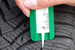 Auto-Check - Reifenprofil
