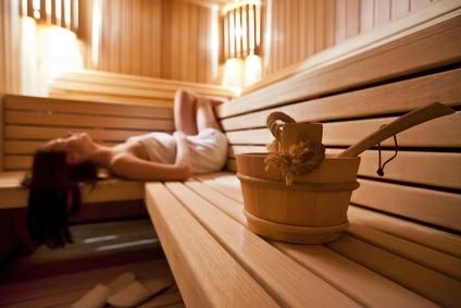 die eigene sauna ein traumhafter gedanke pinkies. Black Bedroom Furniture Sets. Home Design Ideas