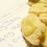 Messbecher und Messlöffel mit englischen Maßeinheiten