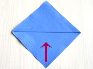 serviettenfalten-diamant-falte1