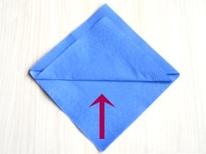 serviettenfalten-diamant-falte2
