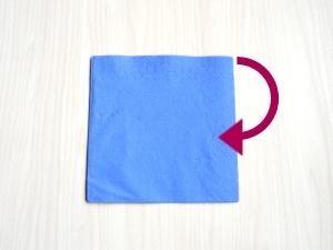 serviettenfalten-drehen