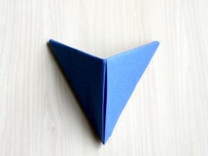 serviettenfalten-pyramid-fertig