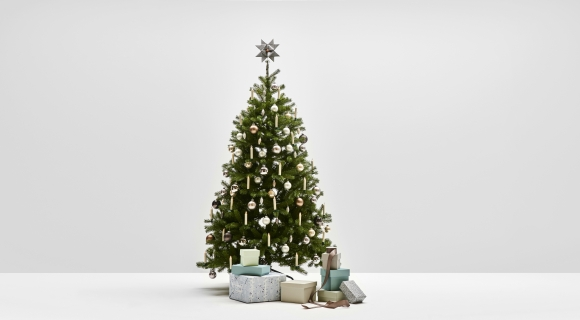 Quiet Harmony - Weihnachtsbaum Komplettset mit künstlichen Weihnachtsbaum und dazu passender Dekoration