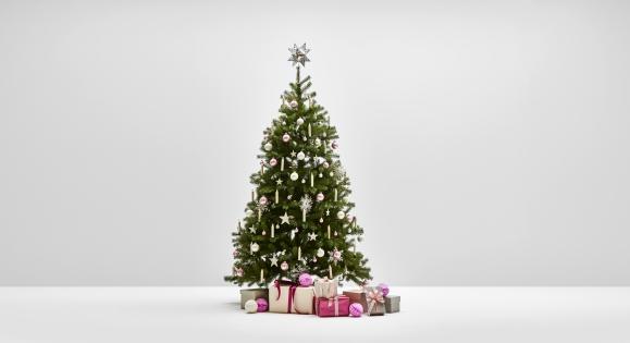 Rosé Glanz - Weihnachtsbaum Komplettset mit künstlichen Weihnachtsbaum und dazu passender Dekoration