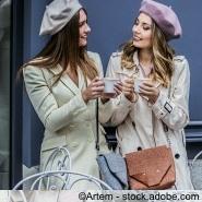 mit der besten Freundin beim gemeinsamen Shopping
